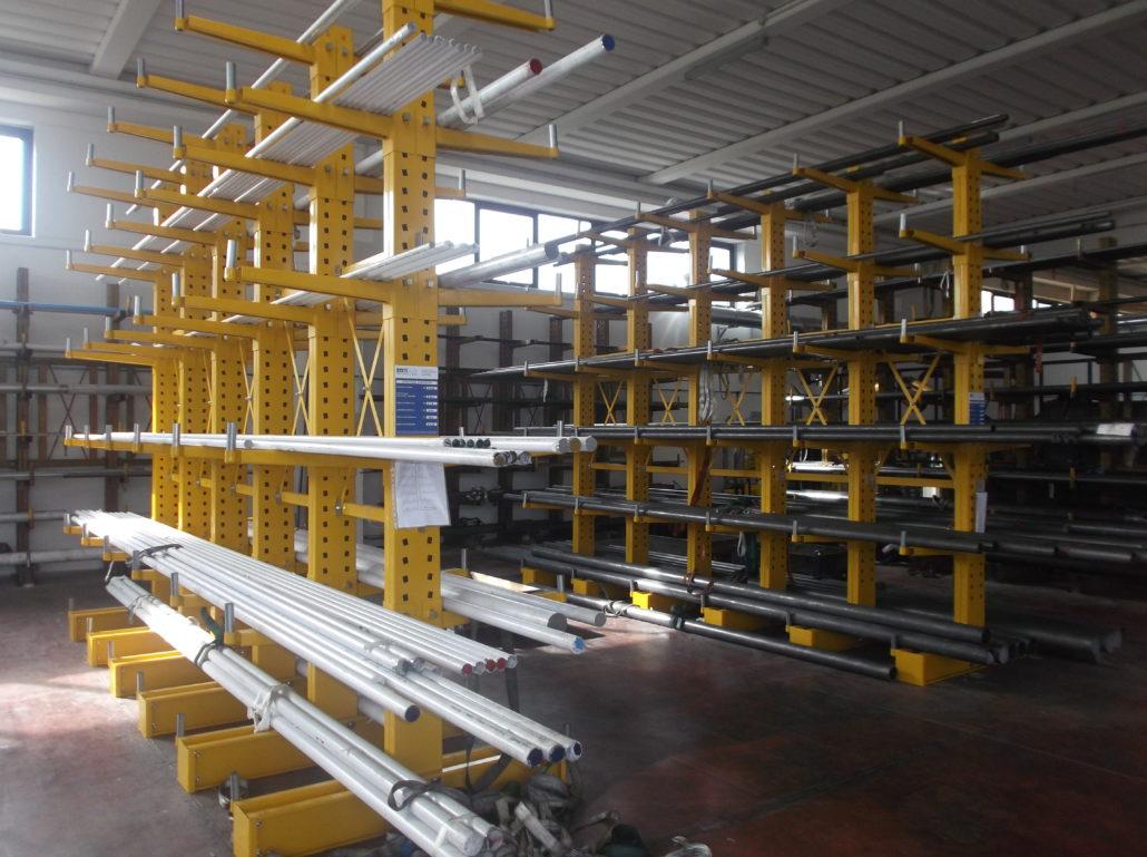 Scaffalature industriali Cantilever Portabarre